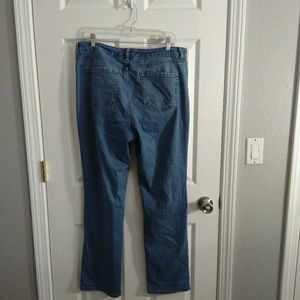 Charter Club straight jeans size 14